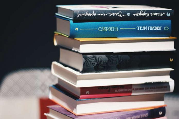 """""""Продажі не гірші, ніж торік"""": Малкович розповів про книжковий бізнес під…"""