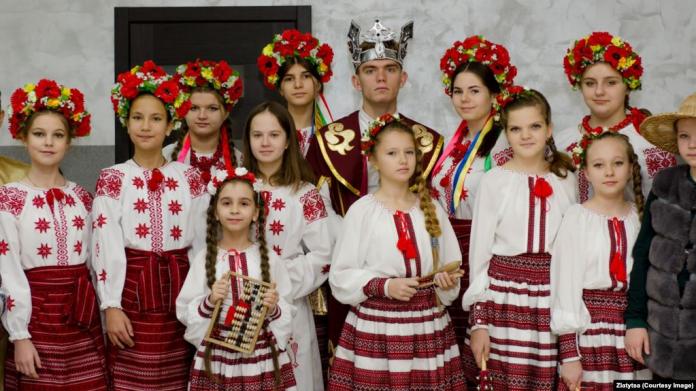 Ініціатива «Навчай українською». Гурток із Донеччини ділиться досвідом, як перейшов на…