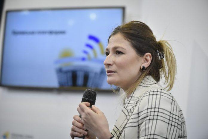 Україна посилить міжнародну увагу до Криму — Еміне Джапарова