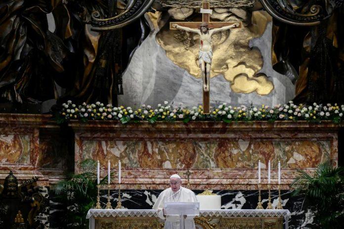 У своєму Великодньому зверненні до вірян папа Римський Франциск згадав про…