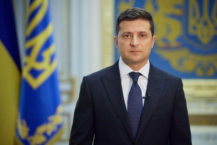 Україна робить усе для повернення Криму – Президент