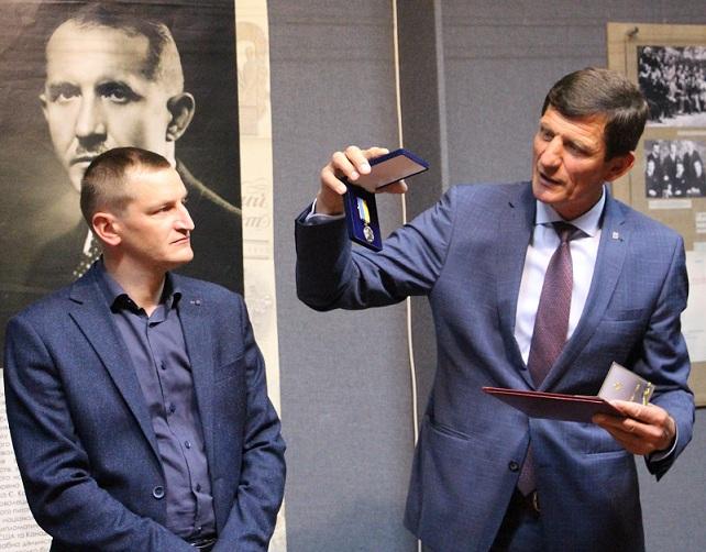 В Івано-Франківську відкрили виставку до 130-річчя Євгена Коновальця