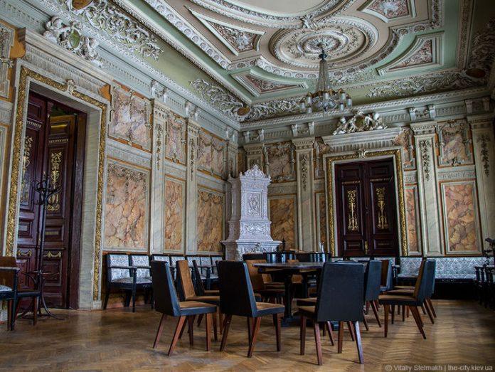 У Будинку письменників відбудеться круглий стіл «Українська література у світовому контексті»