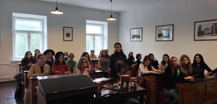 «Поетичні метро» та інші цікаві проєкти від Юлії Бережко-Камінської